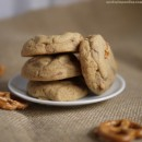 delicious peanut butter cup pretzel cookies (Small)