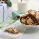 Chocolate-Chip-Shortbread-Cookies-Green-Thumb-White-Apron