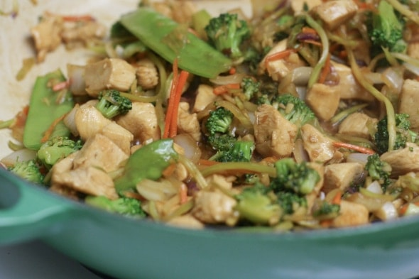 Easy) Ginger-Garlic Chicken Stir-Fry | the little kitchen