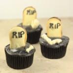 halloween-tombstone-cupcakes-180