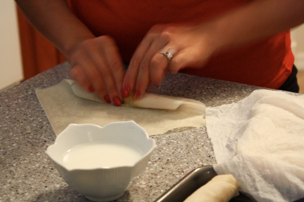 us how to roll them up. For the best tips on how to roll egg rolls ...