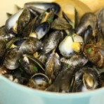 steamed-mussels-white-wine-olive-oil-2-180