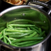 garlic-and-olive-oil-sauteed-green-beans-2-180