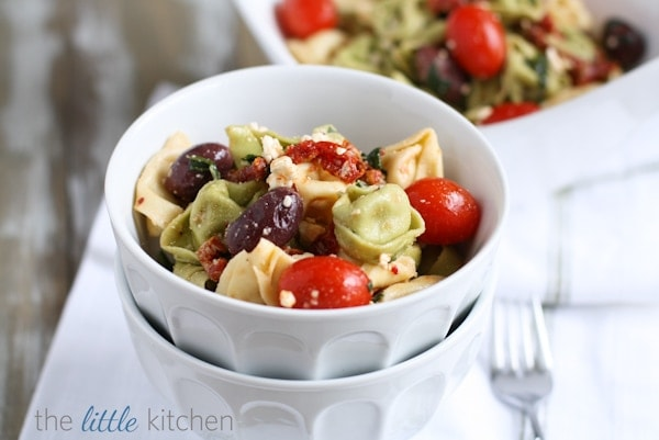 Feta and Kalamata Olive Tortellini Pasta Salad | The Little Kitchen