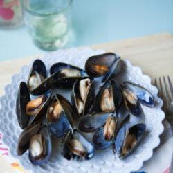 Sake-Steamed Mussels