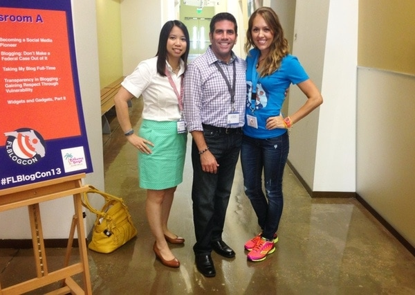 Julie Deily, Lou Mongello and J from JsEverydayFashion.com at Florida BlogCon