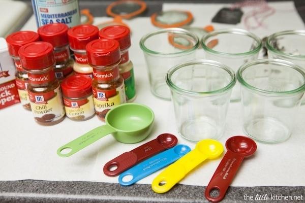 Homemade Taco Seasoning thelittlekitchen.net