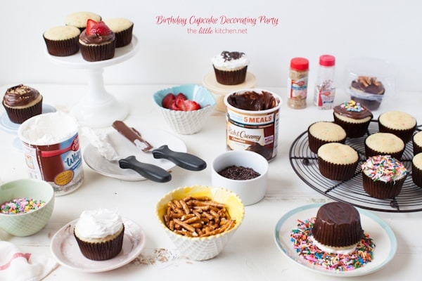 birthday cupcake decorating party from thelittlekitchennet - Cupcake Decorating Party
