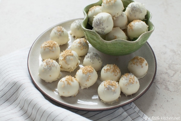 White Chocolate Cookie Butter Truffles from thelittlekitchen.net