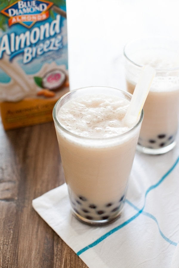 These smoothies are really really easy to make and with coconut almondmilk, you'll love it!! Coconut Almond Milk Tea Smoothies from thelittlekitchen.net