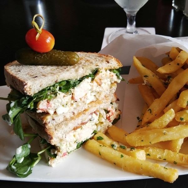 Lobster Club Sandwich // LG G4 Preview