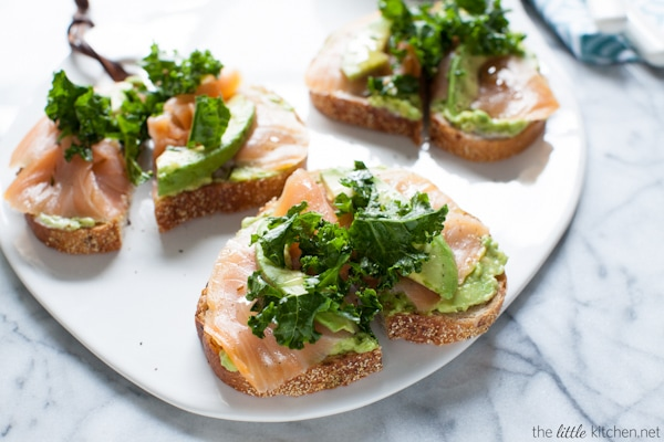 This toast is so simple yet amazing...because of the addition of smoked salmon! Avocado Toast with Smoked Salmon and Kale from thelittlekitchen.net