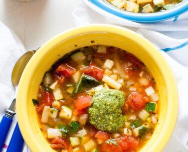 Panera Vegetable Soup from thelittlekitchen.net
