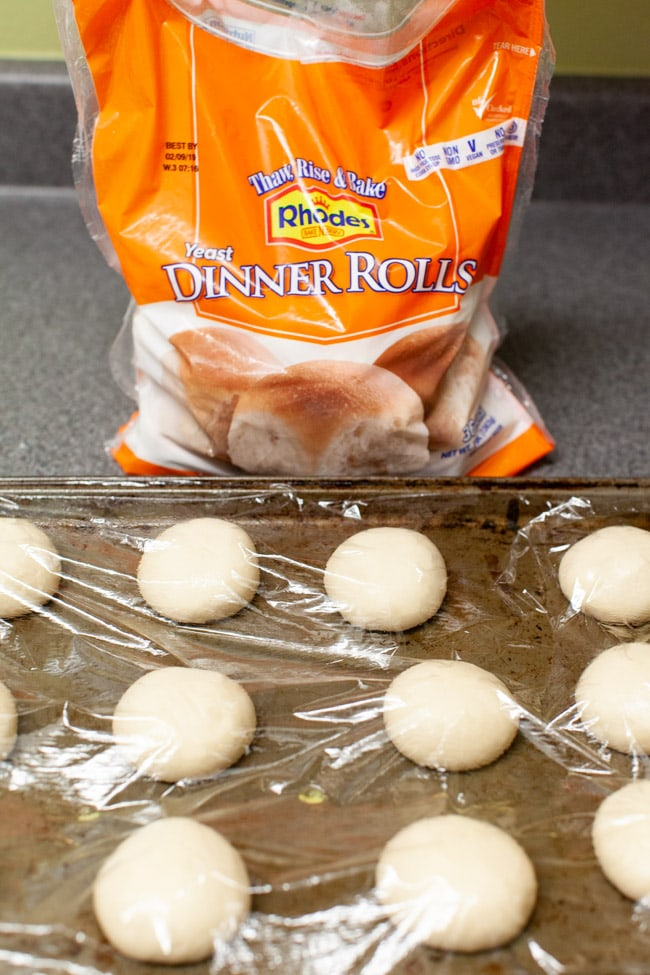 Cheddar Cheese Cloverleaf Rolls The Little Kitchen